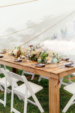 PALLET TABLE & CROCKERY