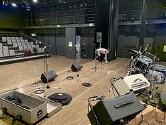 ホールでライブ PAレンタル