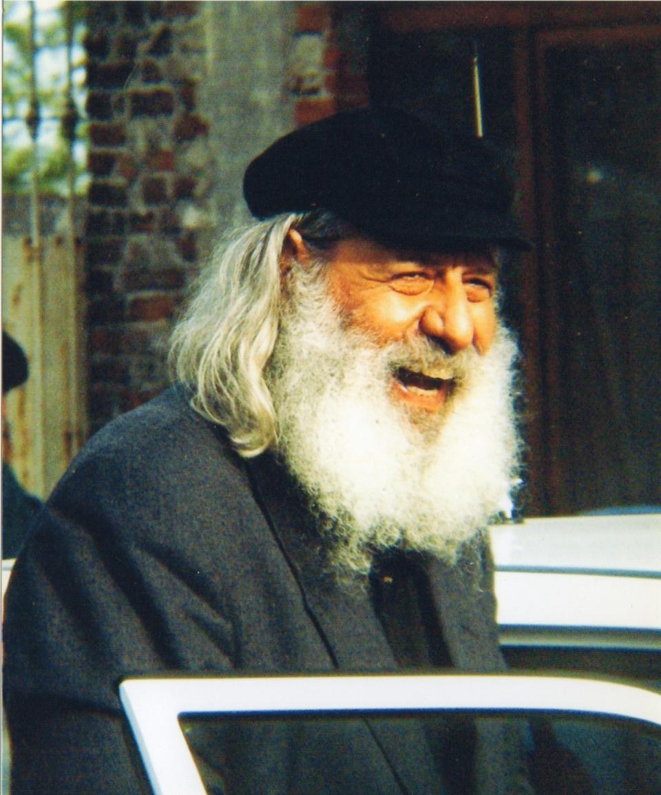 P. John a Sant'Apollinare nel 2001