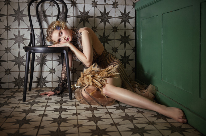 Label:  MYOO  Photographie: Alexandera Richter  Mua: