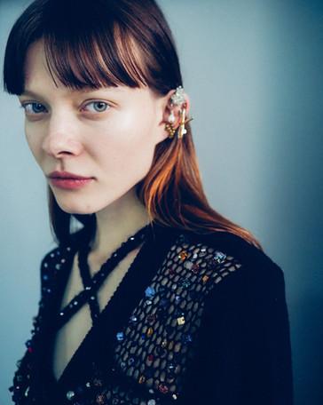 Fashion: Lou de Betoly f/w 20  Photgraphie:  Julian Scott  Mua: Mica Frisch