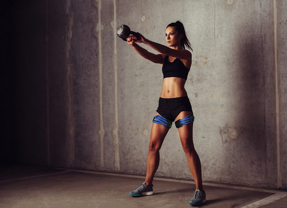 Kettlebell swing with occlusion