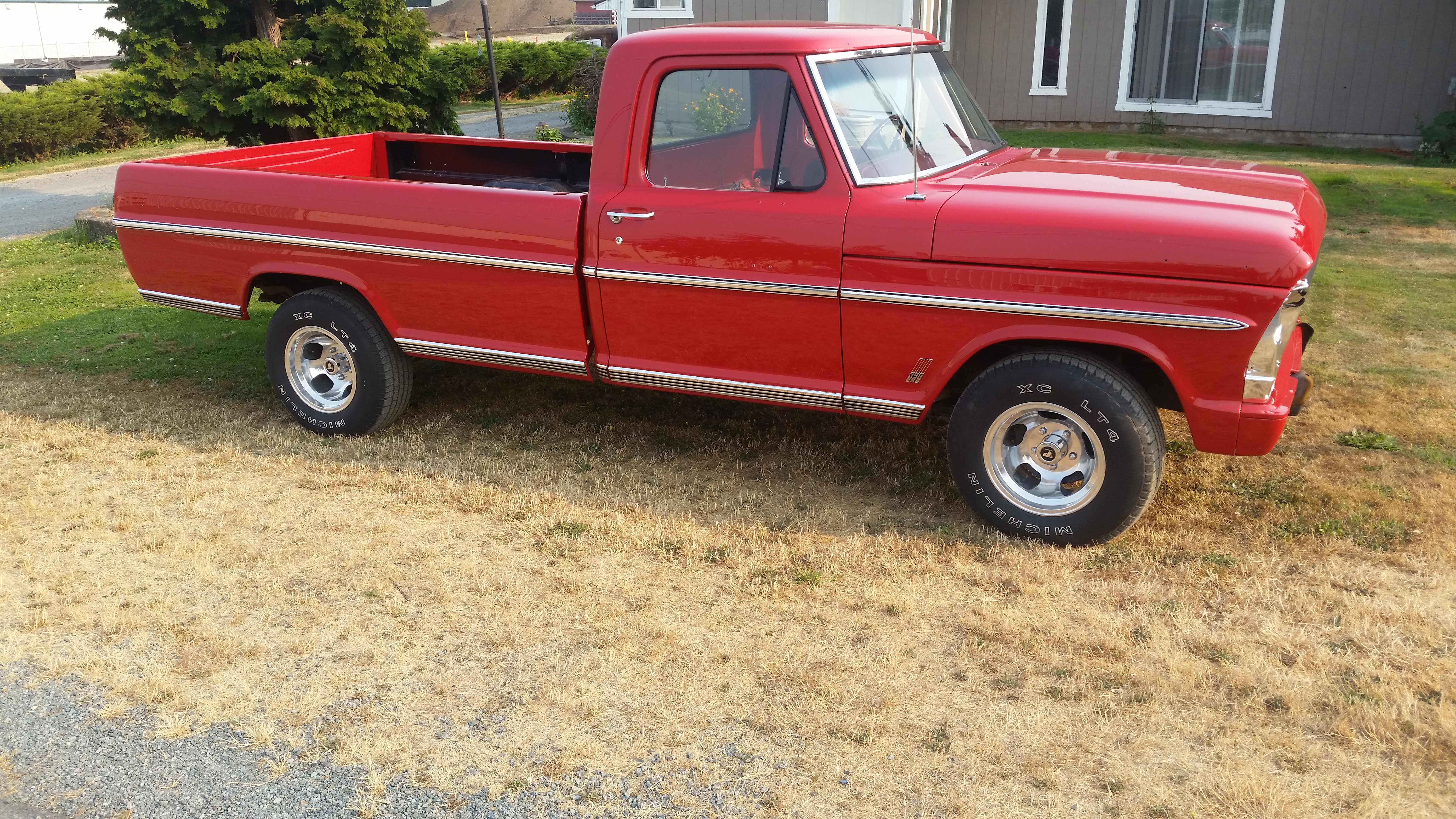 Ford F100 Truck