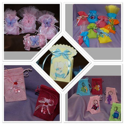 Great ideas for baptism boubounieres!  Bags can be filled with your choice of koufetta or hershey ki
