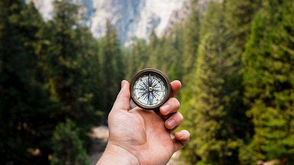 Compass-hand_3840x2160.jpg
