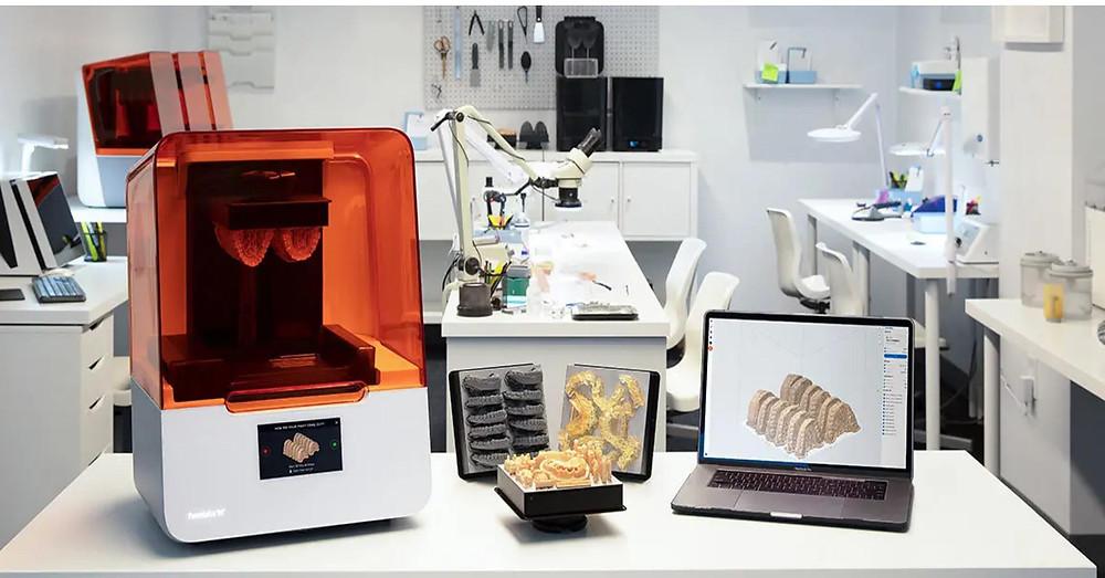 Centro Andriolo utilizza la stampante 3D per le scansioni orali: la tecnologia permette di creare modelli anatomici precisi di denti e gengive, protesi dentali come corone, intarsi, ponti, perni - moncone individuali,, protesi parziali e totali