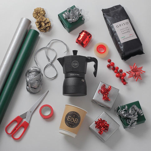 E&B is a coffee brewing specialized brand divren by passion, desing and creativity.