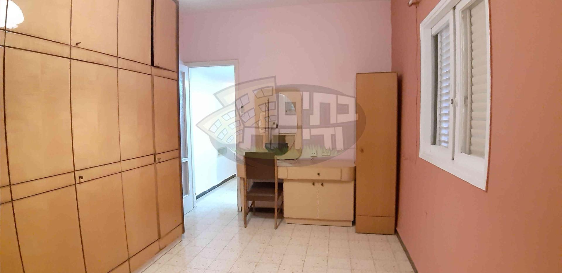 להשכרה 3 חדרים (15).jpg