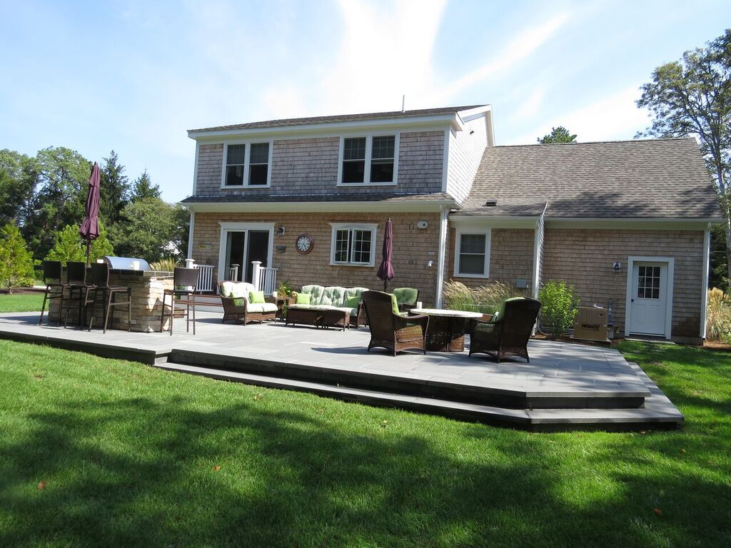 outdoor living space transformation