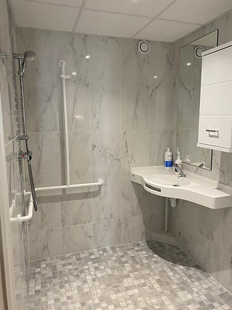 Salle de bain adaptée EHPAD