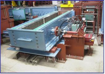 Vertical direct shear test apparatus