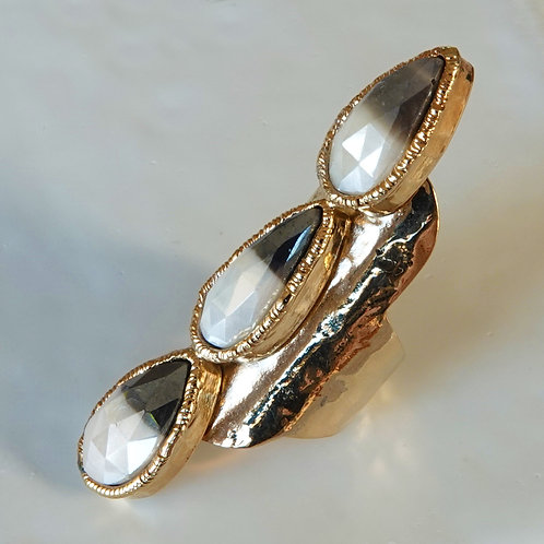 MOONSTONE MYSTIC GOLD STATEMENT RING GOLD