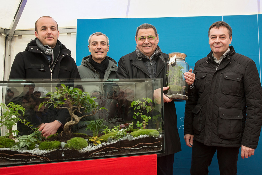 Jean Paul Bret avec terrarium Onno inauguration résidence Terreo Villeurbanne