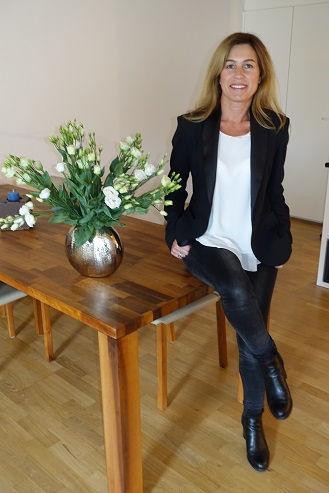 Tisch Claudia 30.jpg
