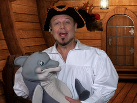 Pirate Goodie Sings With Baby Beluga Puppet