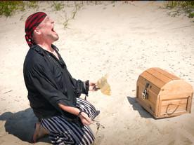 Pirate Goodie Finds Treasure