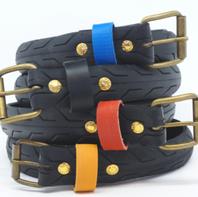 Une ceinture en pneu upcyclé LA VIE EST BELT