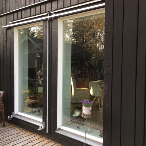 Schwedische Details|Schiebeläden|Scheunenhaus|PAUL Hausbau GmbH