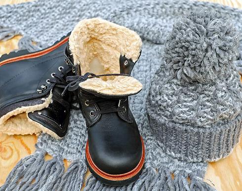 shoes-2833334_1920.jpg