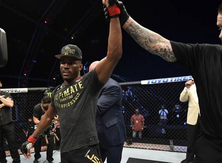 Así fueron las tres peleas por campeonato en el Fight Island del UFC 251