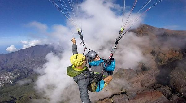 Courants d'R parapente ile de la Réunion Saint-Leu vol découverte et vols à grand spectacle