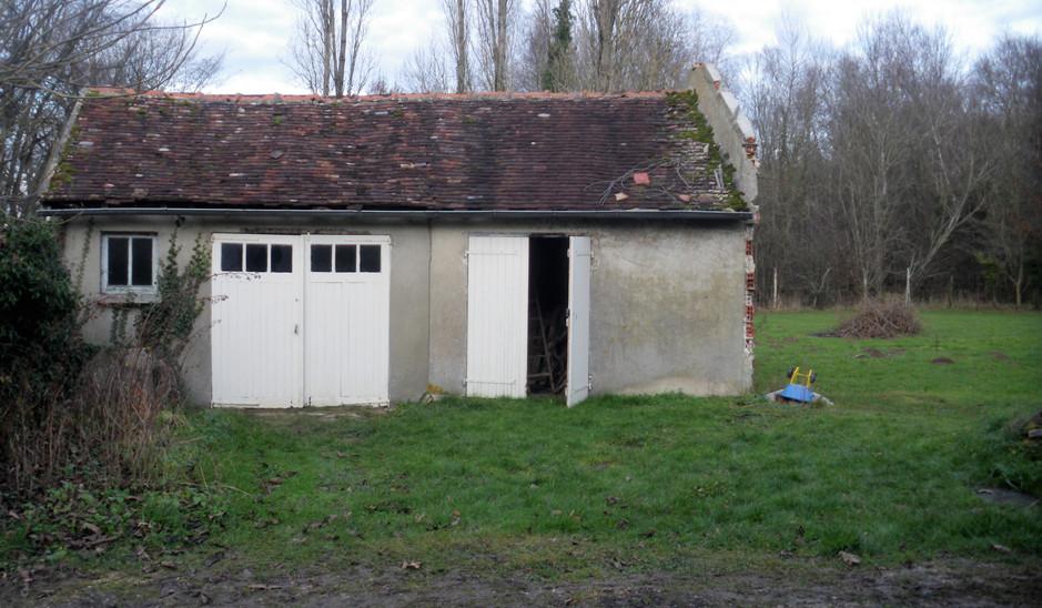 Ancien garage, avant démolition