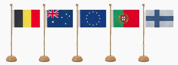 Internasjonalt bord flagg i forskjellige størrelser, farger og land