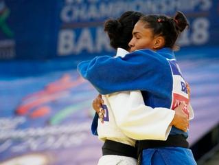 Em duelo de brasileiras em Baku, Érika Miranda conquista sua quinta medalha em mundiais