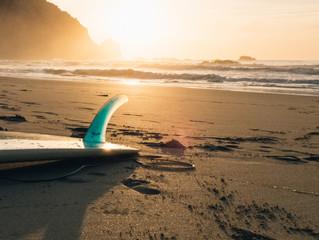 Capa Bem-estar Turismo Conheça as melhores praias para os amantes do surf no Brasil