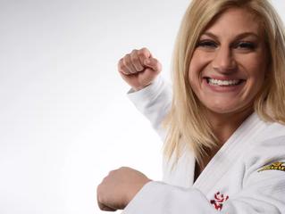 Bicampeã olímpica de judô estreia no MMA à la Ronda Rousey e finaliza no 1º round