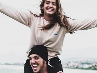 Aos 13 anos, Sophia segue os passos do irmão Gabriel Medina no surfe