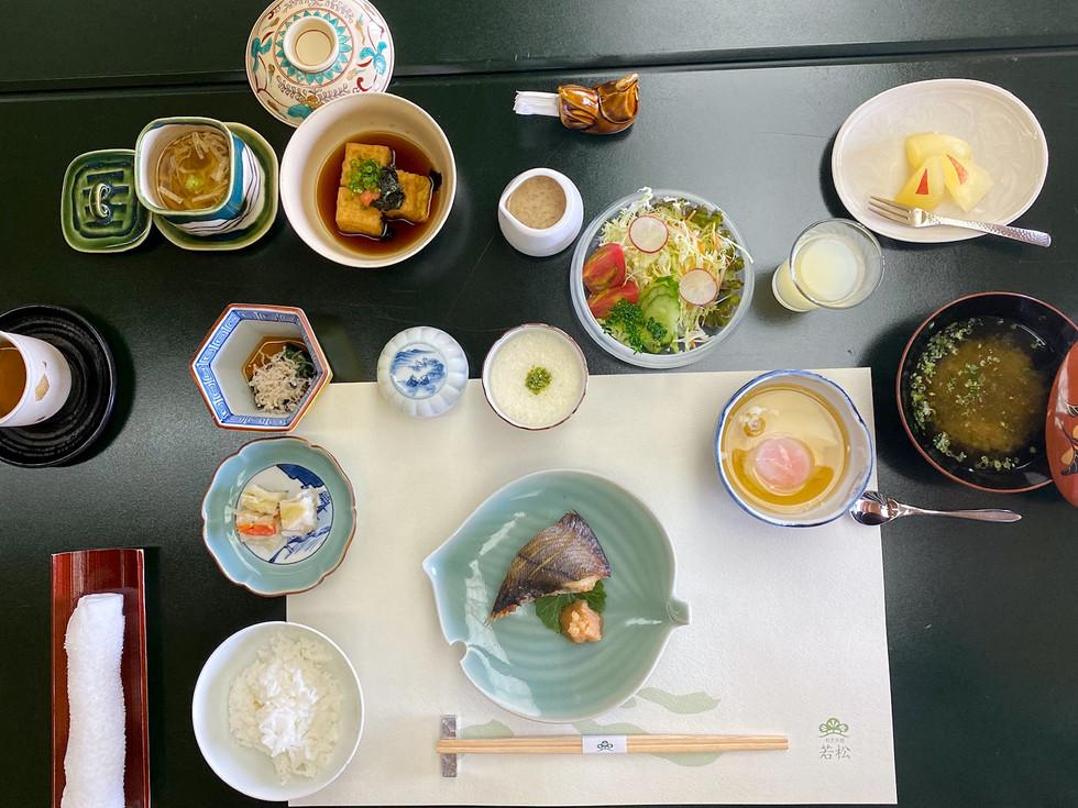 Gorgeous Table Setting - Seigo Narita Kaiseki, Japan