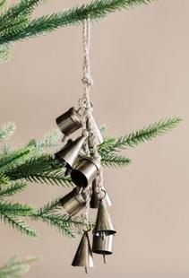 Clustered Hanging Bells