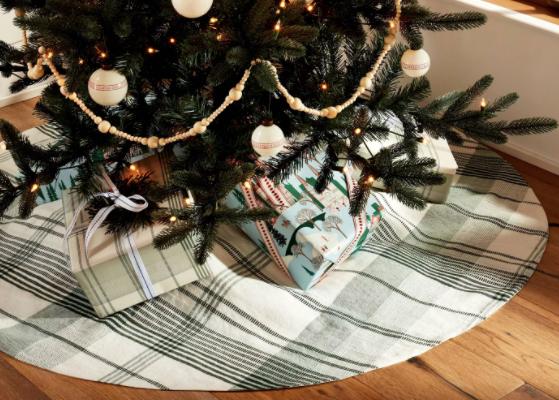 Plaid Holiday Tree Skirt Green/White
