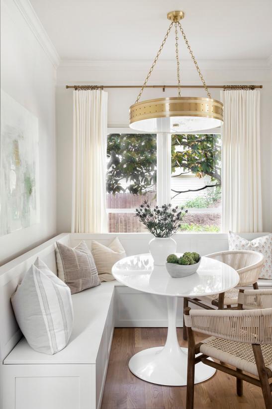 17_Samantha_Stein_Interiors_Beech_Tree_Ln_Kitchen_Web_Res.jpg