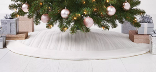 Cable Knit Tree Skirt Ivory