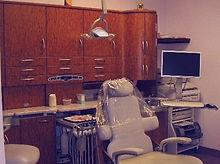 Dentist_Chair_01.jpg