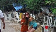 Teen mentors with homeless children in hawaii