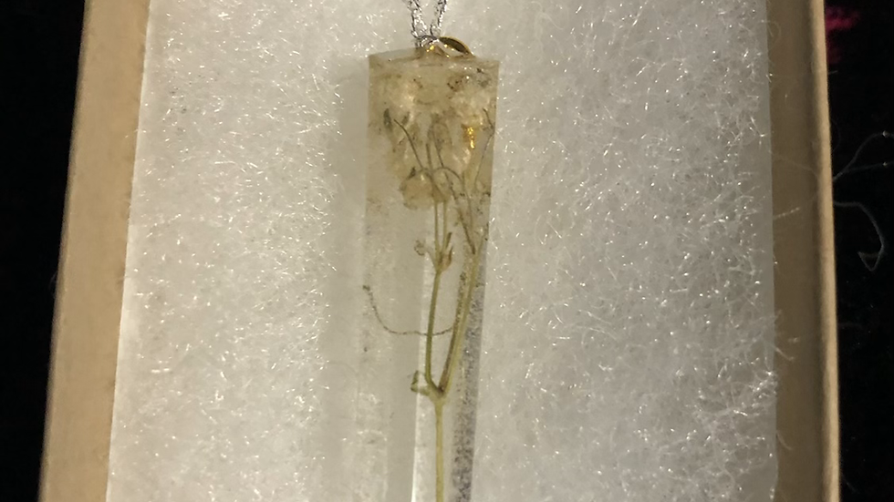 Tiny White Roses Amethyst Shape Necklace