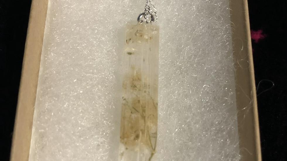 White Roses Cylinder Shape Necklace