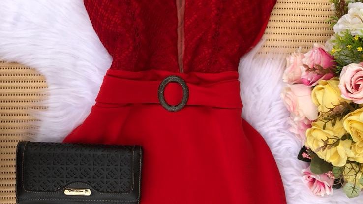 Vestido de Festa Decote com Tuli de Alças Com Bojo justo