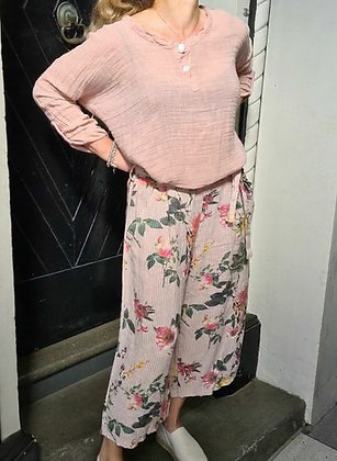 Floral pant with belt