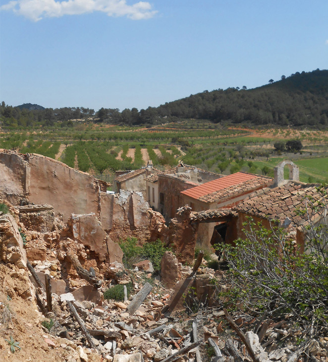 Proyecto ecosocial de Bioconstruccion. Recuperación de una aldea.