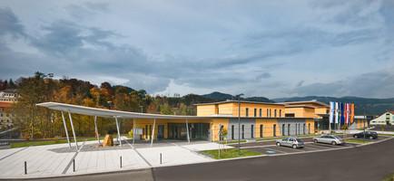 Gemeinde- und Veranstaltungszentrum Krie