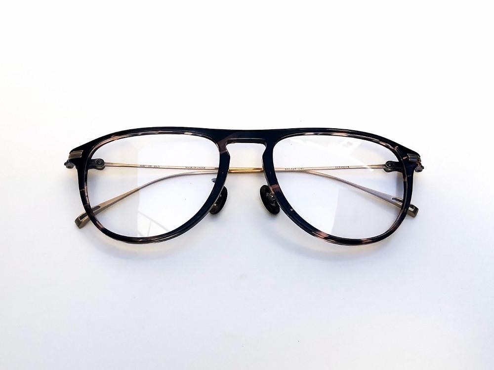 金子眼鏡 プレミアム オプティシァンロイド 黒蝶貝 原宿 表参道 メガネ