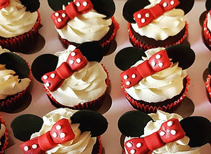 camilla cupcakes.jpg