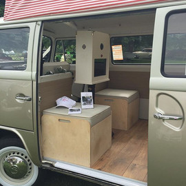 Campervan photo booth _rustyandroses #photbooth #camperbooth #campervanlife #selfie #pod #printout #usb #selfiepod #saycheese