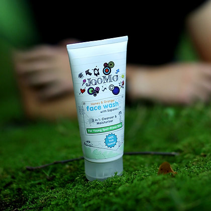 JooMo 100% Natural Face Wash (0-24yrs)