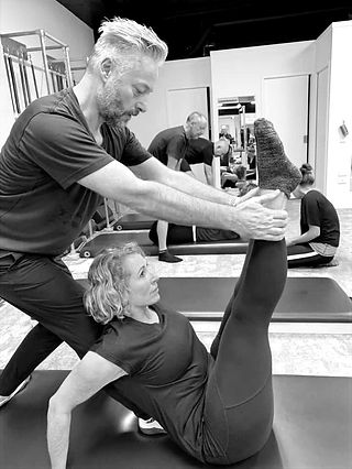 Duet%20Pilates%20-%20ArrowPilates_edited