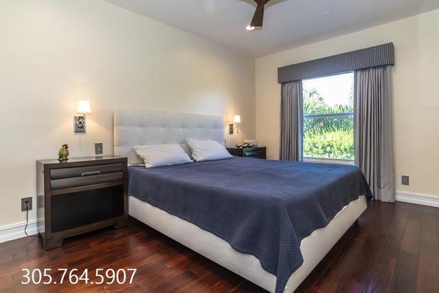 Guest Bedroom 1 911 NE 17th W.jpg